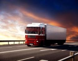 Autotrasportatore merci e viaggiatori